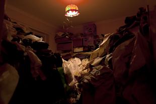 The Yellow Room, 2009. © Léonie Hampton.