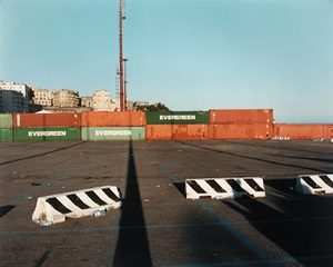 Temporary Discomfort V, G8 Summit,  Piazza J.F Kennedy 1, Genoa, July 2001, C-print 80/100cm Ed.7 © Jules Spinatsch