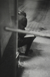 New York, circa 1960 © Saul Leiter / courtesy Howard Greenberg Gallery, New York