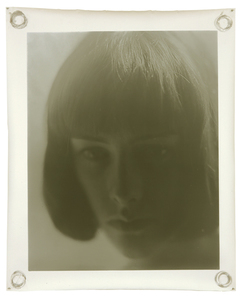 Sophie 157 x 127 cm 2008 © Jeff Cowen