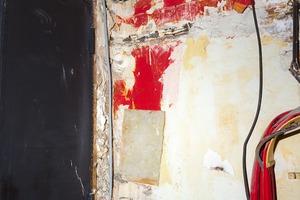 CRAQUELURES, TUYAUX,             CABLES ET BÉTON                                                           2013 - FRANCE                                                               Format  - 150X100 - 5 EX.                 Format  - 70X100 - 5 EX.                   Format  - 60X40 - 5 EX.                                                    © Louis-Paul Ordonneau