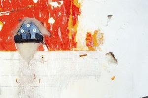 LAINE DE VERRE ET PIÈCE METALLIQUE VISSÉE SUR MUR PEINT                                                     2013 - FRANCE                                                               Format  - 150X100 - 5 EX.                 Format  - 70X100 - 5 EX.                   Format  - 60X40 - 5 EX.                                                    © Louis-Paul Ordonneau