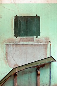LAVAVO ET MIROIR DÉMONTÉS                                               2012 - FRANCE                                                                            Format  - 70X100 - 10 EX.                   Format  - 60X40 - 5 EX.                                                    © Louis-Paul Ordonneau