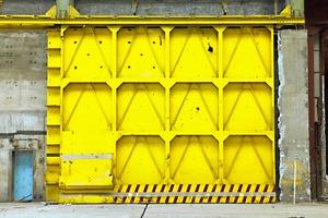 GRANDE ET PETITE PORTE D'USINE                                           2012 - FRANCE                                                                         Format  - 70X100 - 5 EX.                   Format  - 60X40 - 10 EX.                                                    © Louis-Paul Ordonneau