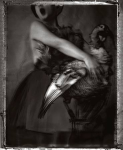 Pascale et le dindon, 2000 © Sarah Moon