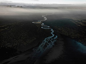 Edward Burtynsky, Dyralaekir River on Myrdalssandur, 2012 © © Edward Burtynsky, courtesy Nicholas Metivier, Toronto / Howard Greenberg & Bryce Wolkowitz, New York, Paris Photo LA