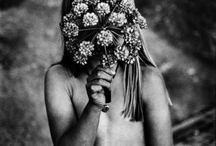 """© Margaret M. de Lange, from """"Daughters"""""""