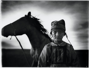 3rd prize Sports Features Singles. © Tomasz Gudzowaty, Poland, Yours Gallery/ Focus Photo und Presse Agentur. Child jockey, Mongolia