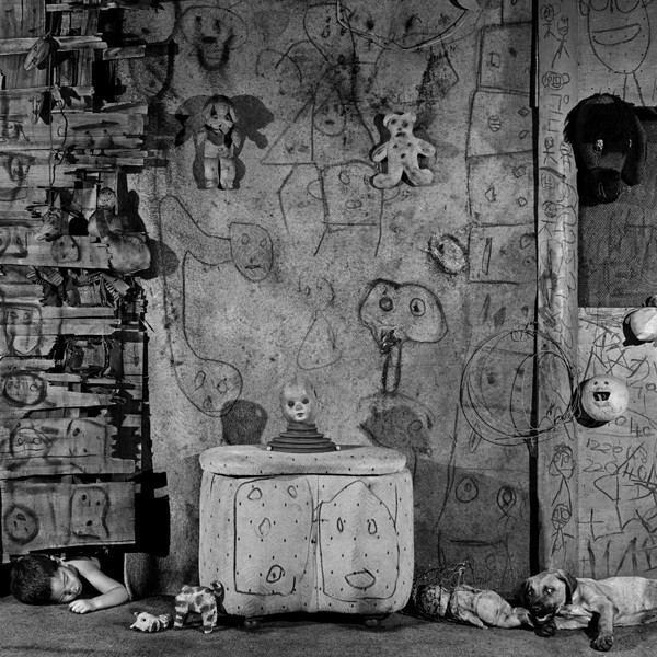 Boarding House, 2008, from the series Boarding House © Roger Ballen