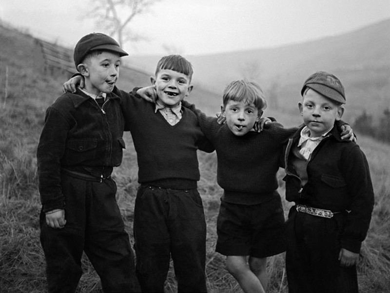 Rhondda Valley, Wales, 1957 © Philip Jones Griffiths
