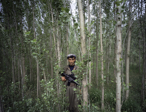 1st prize People in the News Stories © Philippe Dudouit, Switzerland, for Time magazine. PKK fighters, Southern Kurdistan/Northern Iraq.