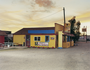 Higley Hot Dogs, 2005 © Andrew Phelps