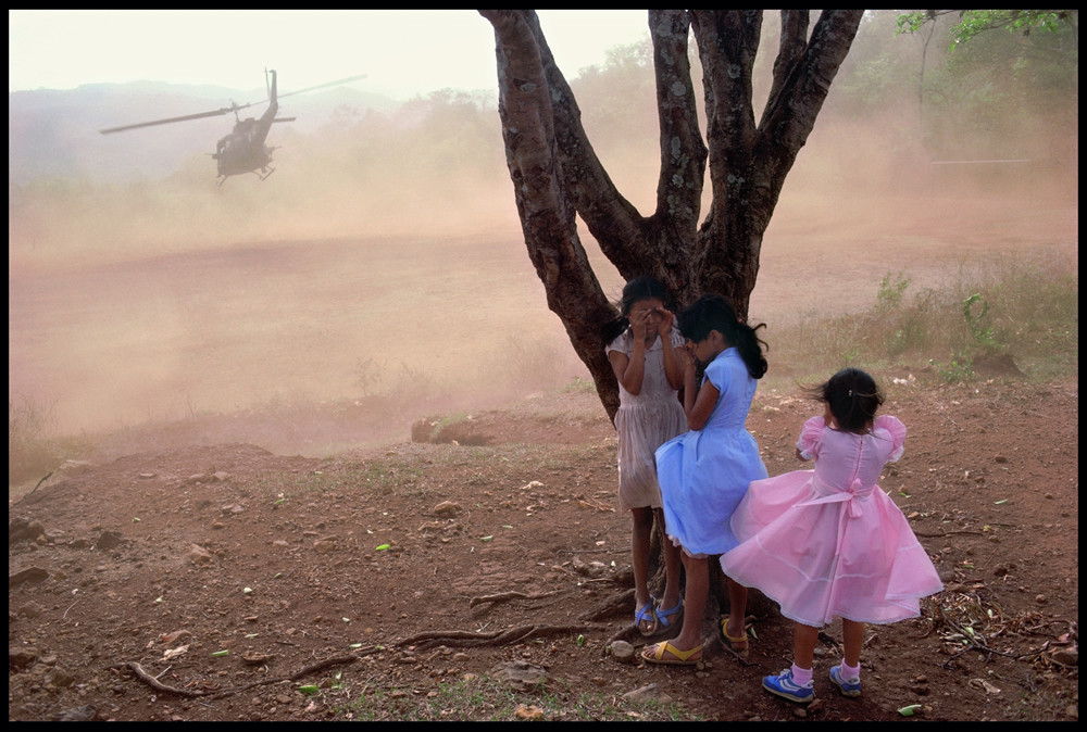El Salvador, 1984 © James Nachtwey