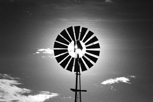 Windmill, Vaalrand © Santu Mofokeng, courtesy of Huis Marseille