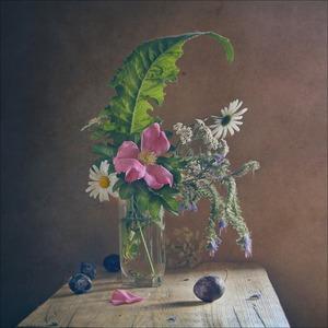 Les Restes de l'Ete, 2013 © Galina Chirikova, Russian Tea Room Gallery