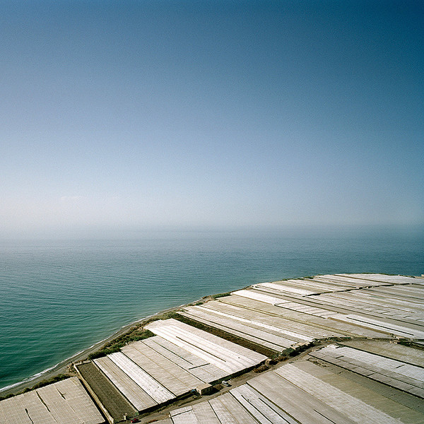 Greenhouse structures blend with the Mediterranean Sea. Albuñol, Granada. © Reinaldo Loureiro