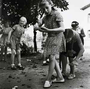 A School for Blind Children. Chestnuts, 1. Kaunas, 1962 © Antanas Sutkus (Lithuania), from the exhibition Behind Walls: Eastern Europe before 1989. Courtesy of the Noorderlicht Photofestival 2008.