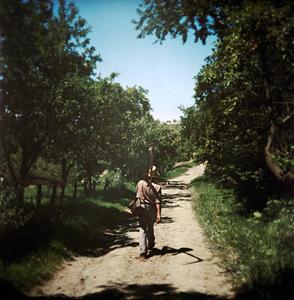 Man with scythe (Siklód, Romania, 2005)  © Tamas Paczai