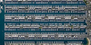 Marina Del Rey, California, USA. From the series 'TIMEOUT' © Marcus Lyon
