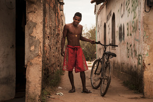 This latest attempt at pacifying the favelas is not the first attempt from the government to fight against the violence. City of God was founded in the 1960s as part of a plan to remove the favelas from Rio de Janeiro and relocate their residents far away from the city center. © Manu Valcarce