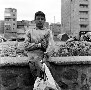 shoeshine in Dogubazye © Gigi Roccati