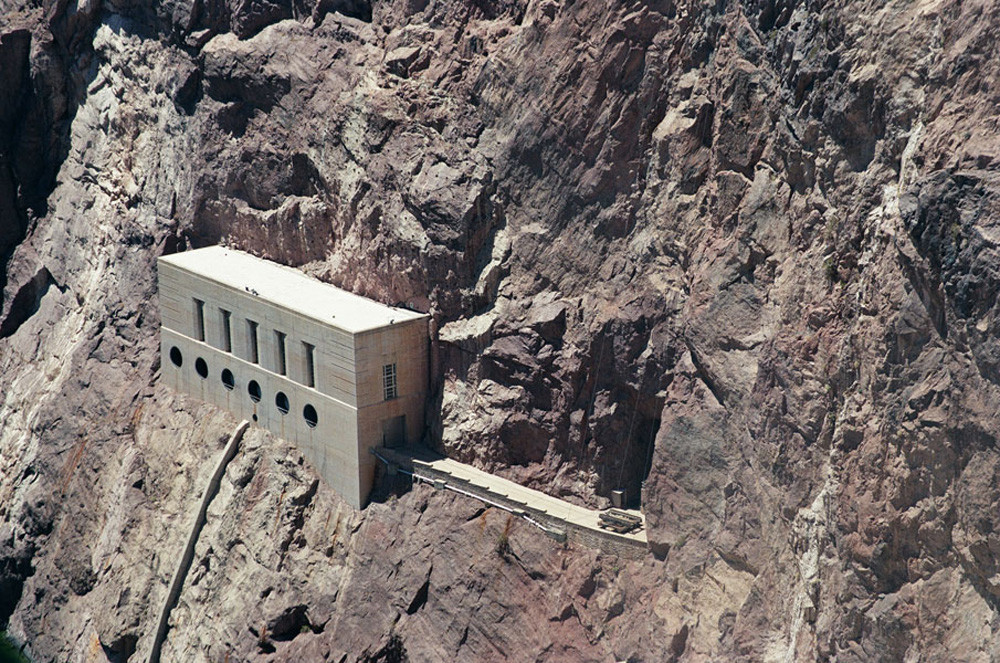 © Monika Wiechowska, Landscape #9 (Fragment of Hoover Dam, Nevada, Arizona, USA) 2007  Courtesy of Czarna Gallery, Warsaw.