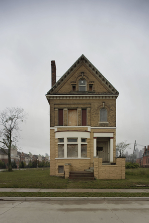 © Sean Hemmerle, Detroit, ca. 2010. Feroz