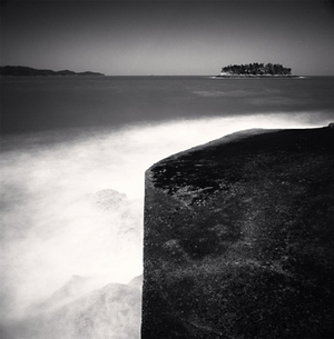 © Michael Kenna, End of Pier, Jeung-do, Shinan, 2012. Gallery K.O.N.G