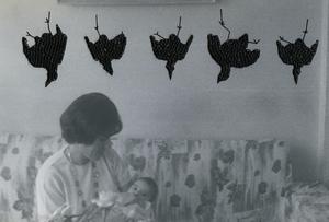 oiseaux pendus / hanged birds, from the series Photos-Souvenirs © Carolle Benitah