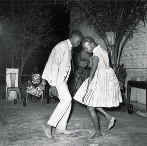 © Malick Sidib, Nuit de Nol, 1963. MAGNIN-A