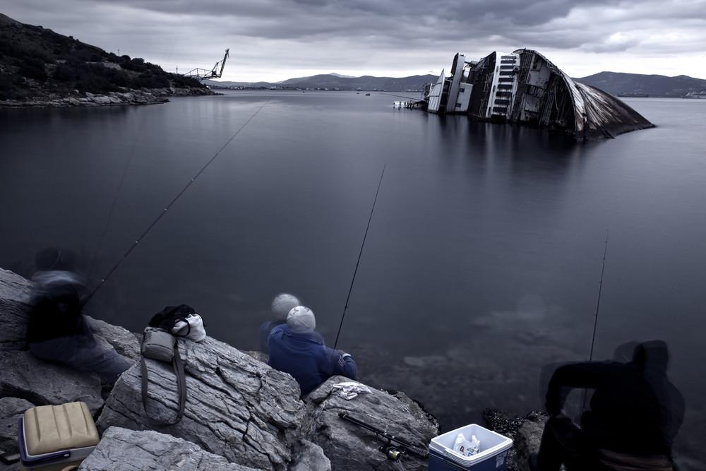 BURNOUT © Dimitris Michalakis. Images courtesy of Biel/Bienne Festival of Photography.