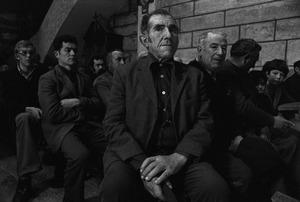 Misa de despedida del cura progresista, Rairiz de la Vega, Orense, 1978 © Anna Turbau, VEGAP