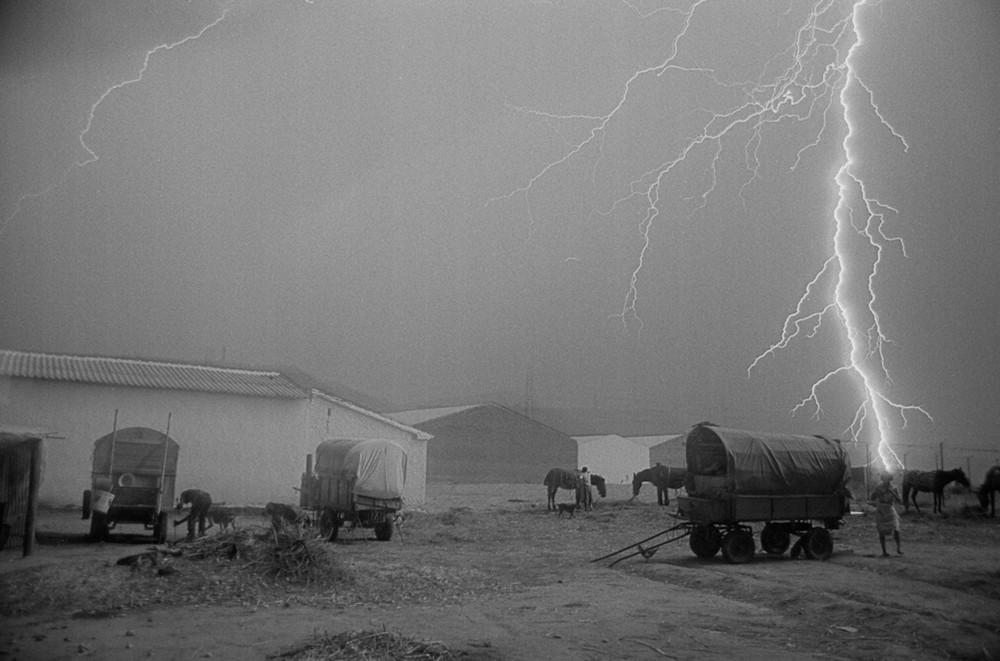 Outside of Toledo, 1986 © Ramon Zabalza