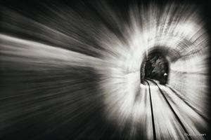through the tunnel © Christos Tolis