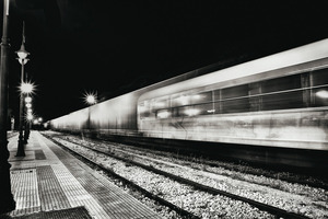 IC train zooms by © Christos Tolis