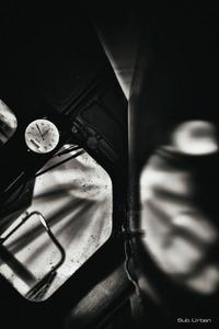 all angled up © Christos Tolis