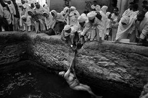 © Gali Tibbon, Israel, Finalist, Travel, Professional Competition Sony World Photography Awards 2013