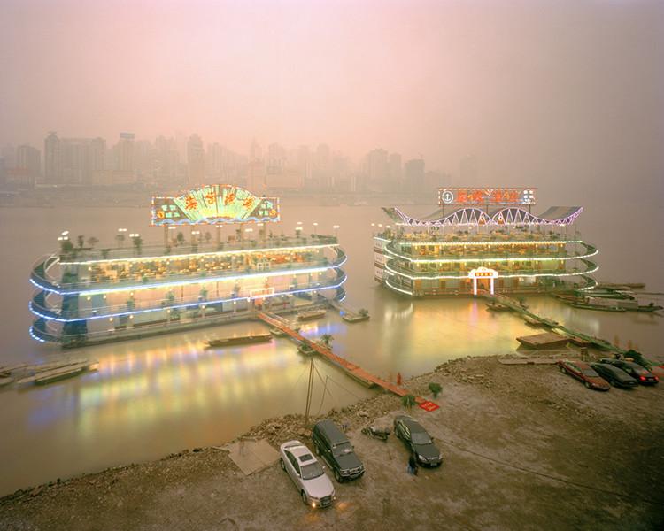 Restaurant Boats, Jialing River, Chongqing 2005. © Ferit Kuyas.