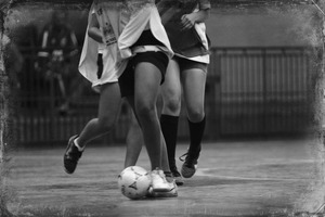 A women's soccer game. © Monica Zarattini