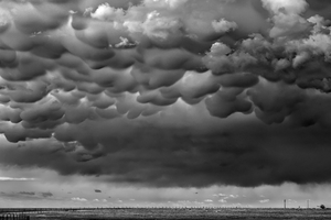 Mammutus, Texline, Texas, 2011, © Mitch Dobrowner