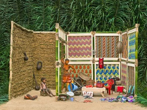 Walé Lokito And Her Belongings © Patrick Willocq. Recipient of the Prix découverte