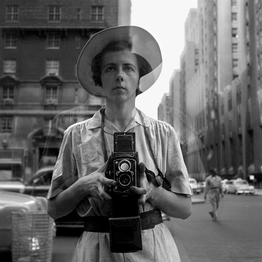 New York, NY September 10, 1955 © Vivian Maier/John Maloof Collection. Courtesy Howard Greenberg Gallery, New York