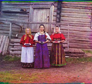 "Peasant Girls, Russia, 1909 © Sergei Mikhailovich Prokudin-Gorskii, from the book ""Nostalgia"". Images courtesy US Library of Congress and Gestalten publishers, Berlin."