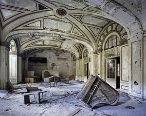 Untitled, from the series, The Ruins of Detroit,  © Yves Marchand and Romain Meffre