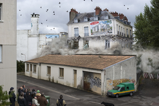 Implosion # 04 © Alban Lecuyer