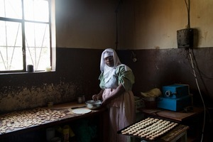 """The nun, Maria Theresa, who prepares the famous cookies of the covent, Gitega. From """"Only in Burundi"""" © Anaïs López"""