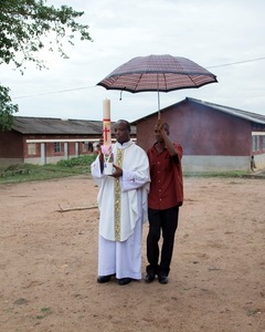 "Koky's brother Adelin, the chaplain-general of the Burundian army. From ""Only in Burundi"" © Anaïs López"