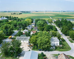 Century Wind Project, Blairsburg, Iowa 2008  © Black River Productions, Ltd. / Mitch Epstein. Courtesy of Sikkema Jenkins  Co., New York. Used with permission. All rights reserved.