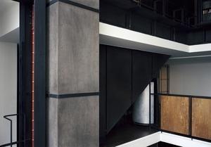 Maison de verre (B762v20), 2011 © Adam Bartos, Gitterman Gallery