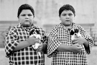 "Twins Simon & Manuel. Miami, AZ. From the series ""Childhood Reveries"" © Brian Shumway"